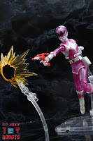 Lightning Collection Mighty Morphin 'Metallic' Pink Ranger 32