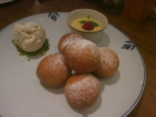 Italian Gelato, Bombolini with Lemon Curd Dip