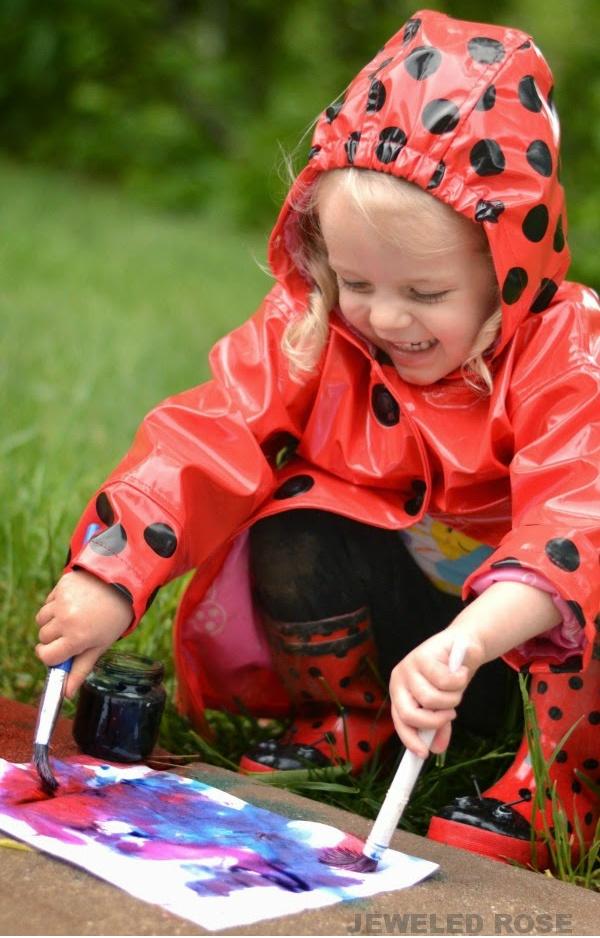 Turn rain into rainbows with this easy paint recipe for kids! #rainpaintingkids #rainpaint #paintrecipeforkids #rainydayactivities #growingajeweledrose #activitiesforkids