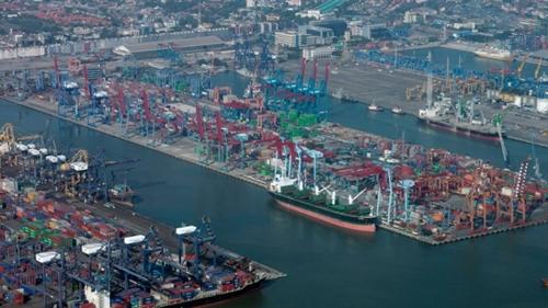 Pelindo II Ancam Pecat Pekerja yang Pungli di Pelabuhan Tanjung Priok
