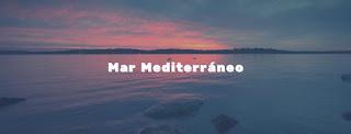 Atardecer en el mar Mediterráneo