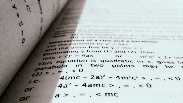 Menyusun Persamaan Kuadrat Dalam Ilmu Matematika