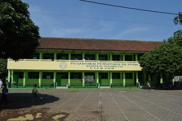 SEJARAH MUNCULNYA MADRASAH DI INDONESIA DAN PERKEMBANGANNNYA