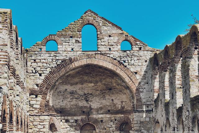 W Nesebar było kiedyś aż czterdzieści jeden kościołów