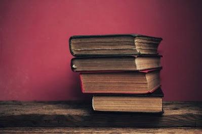 قائمة أفضل كتب الفلسفة للمبتدئين مع المراجعة