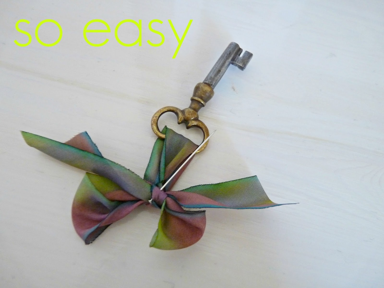 Silk ribbon bow