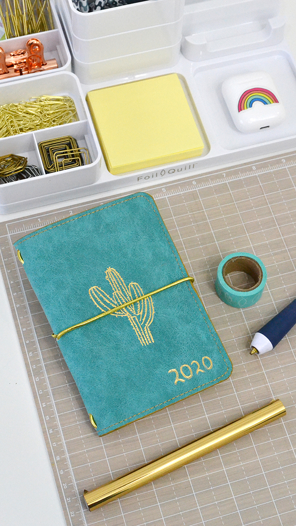 Personalize your 2020 planner cover with foil accents using the Foil Quill Freestyle Pens by We R Memory Keepers
