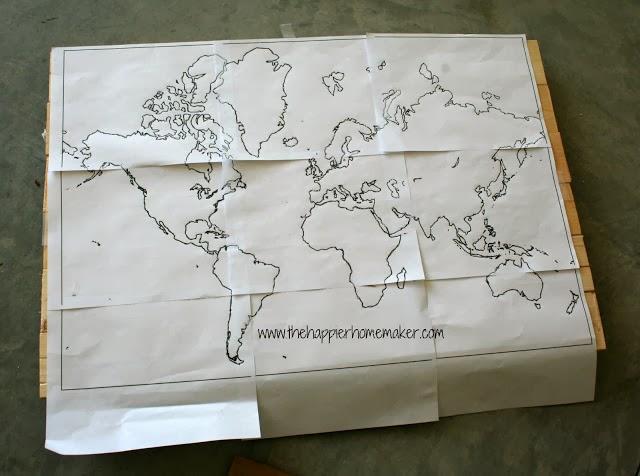 نسخ الخريطة على الخشب