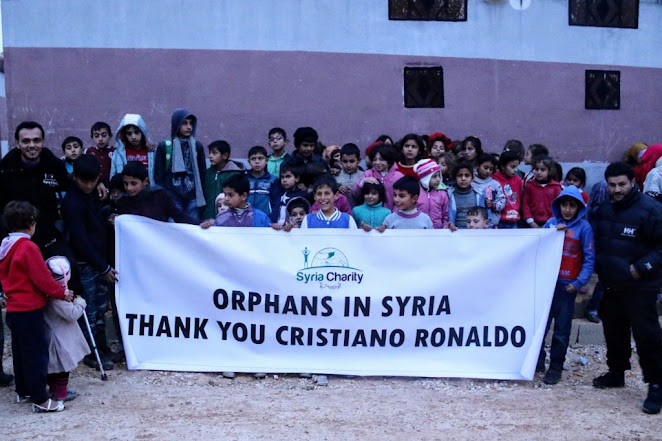 Cristiano Ronaldo sangat baik hati dan dermawan