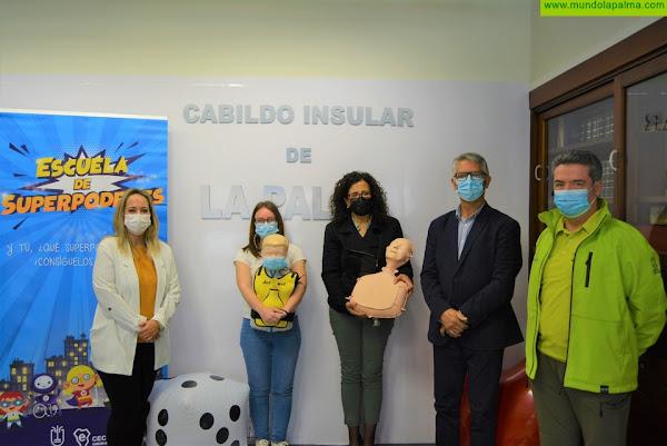 El Cabildo pone en marcha la 'Escuela de Superpoderes' y lleva la formación en seguridad y emergencias a casi 750 escolares de La Palma