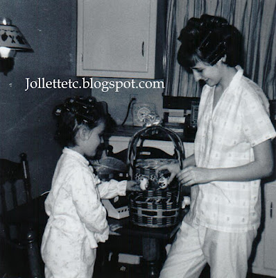 Wendy Slade and Mary Jollette Slade 1965  http://jollettetc.blogspot.com