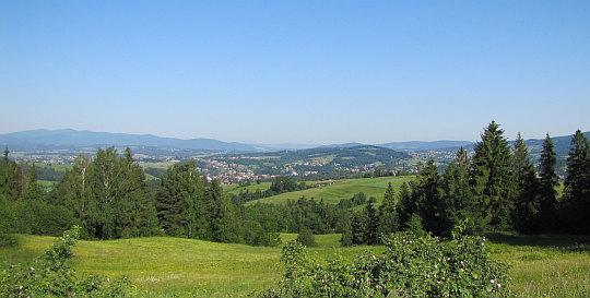 Widok z podejścia na Maciejową.