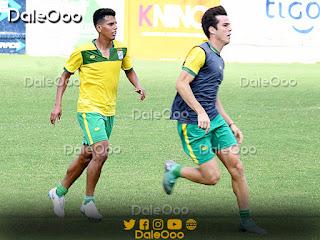 Carlos Soliz y Pedro Marcos debutaron en el profesionalismo con Oriente Petrolero - DaleOoo