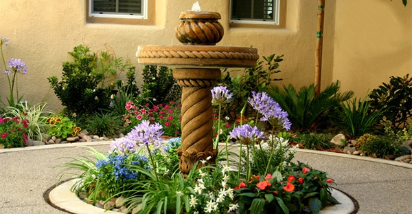 Desain Hiasan Air Unik untuk Taman Rumah