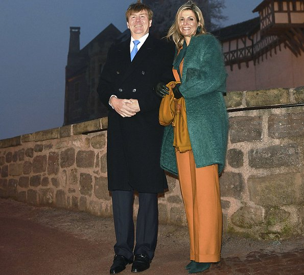 Queen Maxima wore Claes Iversen Pan Suit - AW2015, Natan coat and Gianvito Rossi suede pumps
