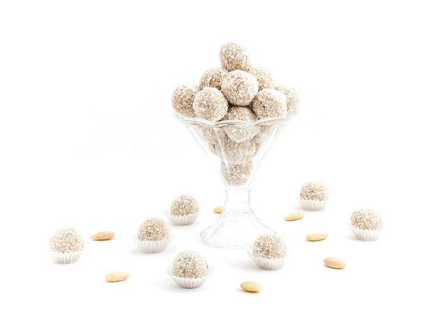 Raw raffello balls - presne raffaello kroglice recept