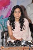 Singer Sunitha Stills-thumbnail-8