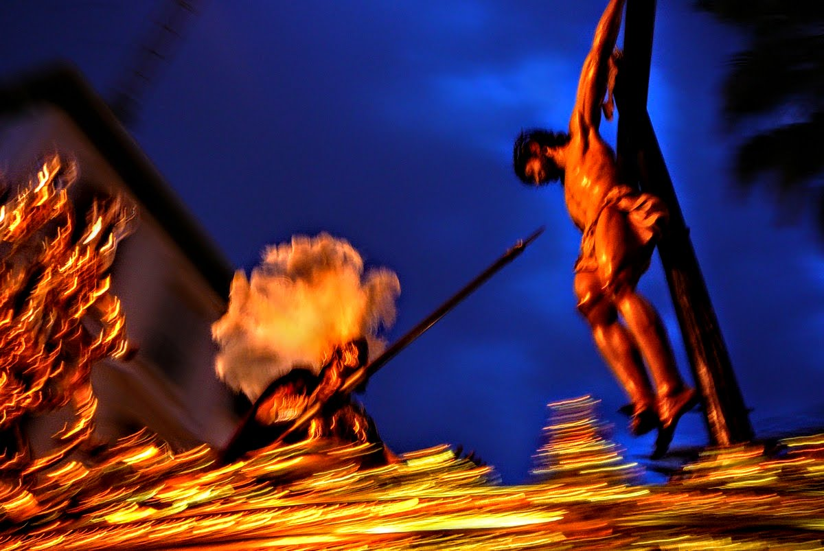 Chrystus, kaptur, mantylka i tłumy - Semana Santa w Hiszpanii