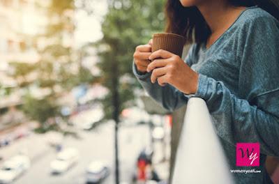 woman-tea-drinking-corona
