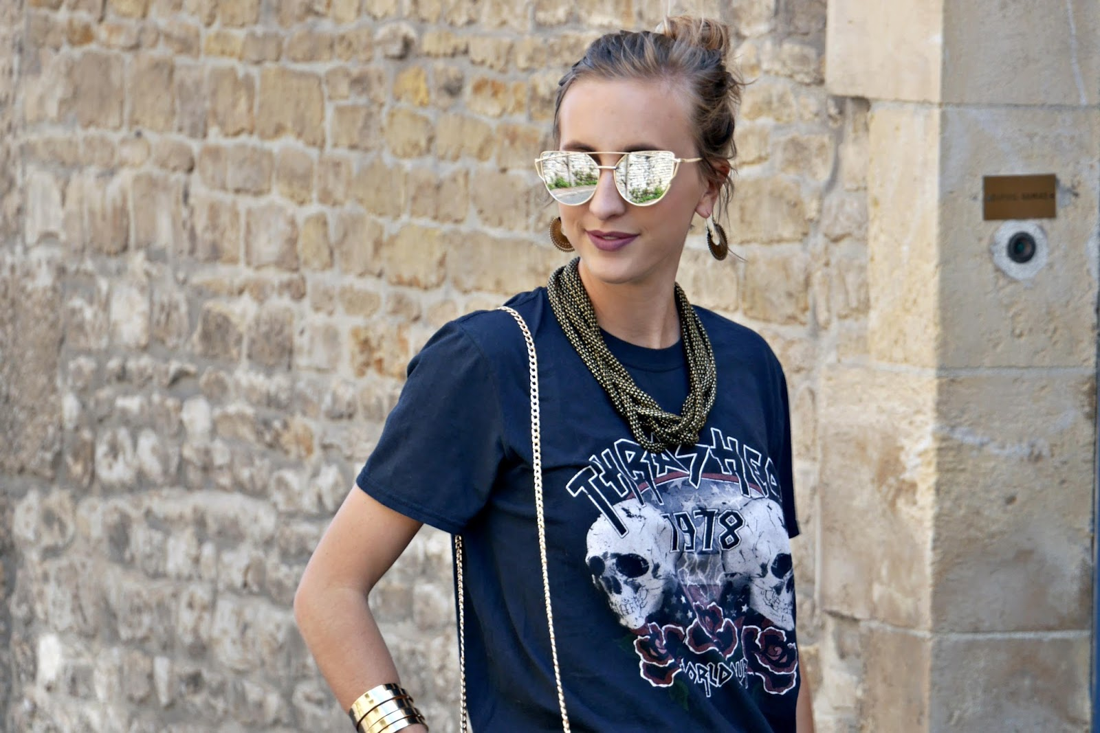 tee-shirt rock -lunettes de soleil