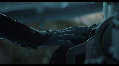Avengers 4 endgame nebula hand