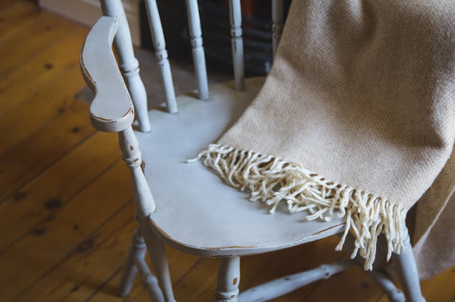 Shabby chic chair makeover