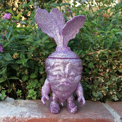 "San Diego Comic-Con 2016 Exclusive ""Purple Bling"" Deadbeet Vinyl Figure by Scott Tolleson"