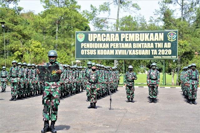 Danrindam III/Siliwangi Buka Dikmaba TNI AD Otsus Kodam XVIII/Kasuari