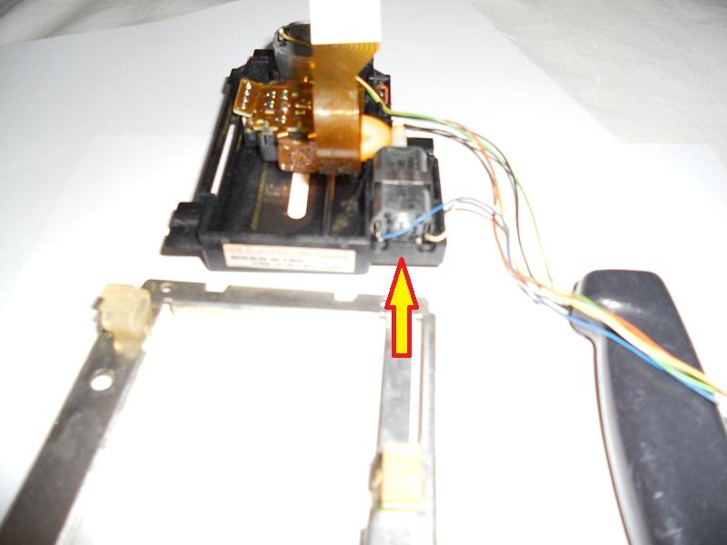 Life in 16-bit: Philips CDI 450 Repair: Laser Replacement