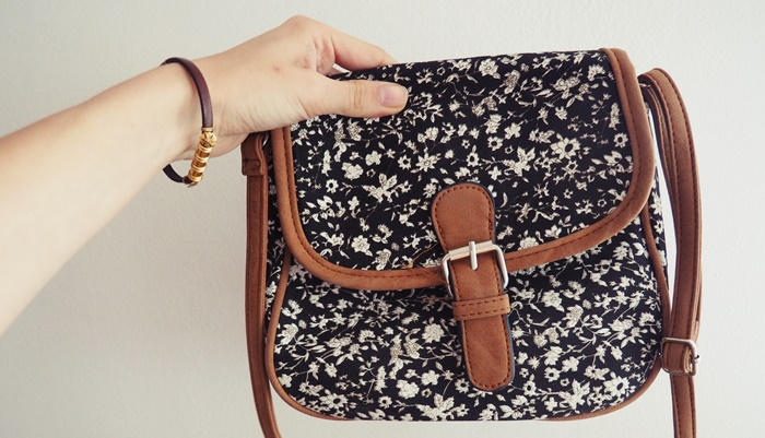 Torebka w kwiatki. Mała torebka vintage.