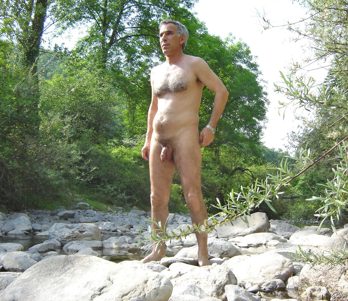 gay Naked men old hairy