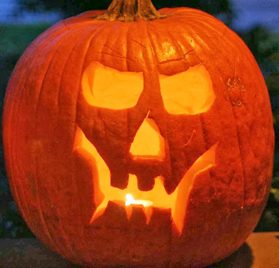 Scary skull - pumpkin carving for Halloween :: All Pretty Things