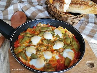 Judías verdes con fritada de tomate y huevos