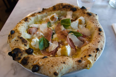Pizza championne du monde pizzzeria Peppe, blog Délices à Paris.