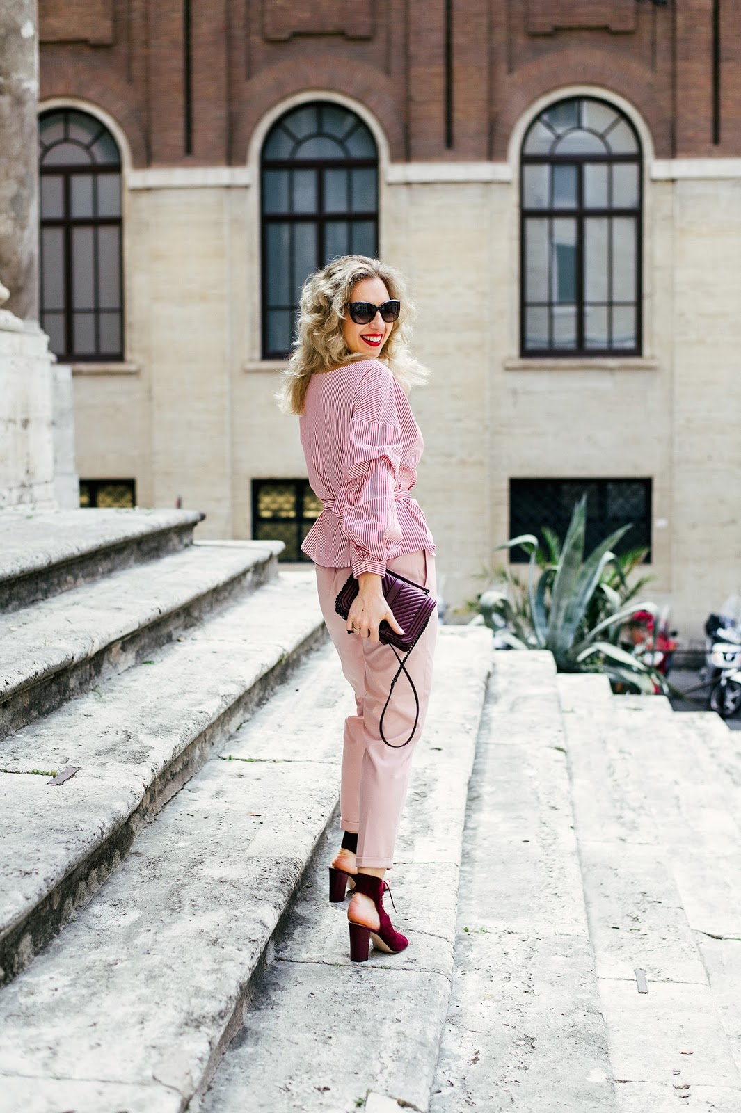 Margarita_Maslova_Ritalifestyle_Fashion_blogger_Moscow_roma _taly_romantic_summer_outfit_Zara_blouse_ruffles_TRAvel_blog