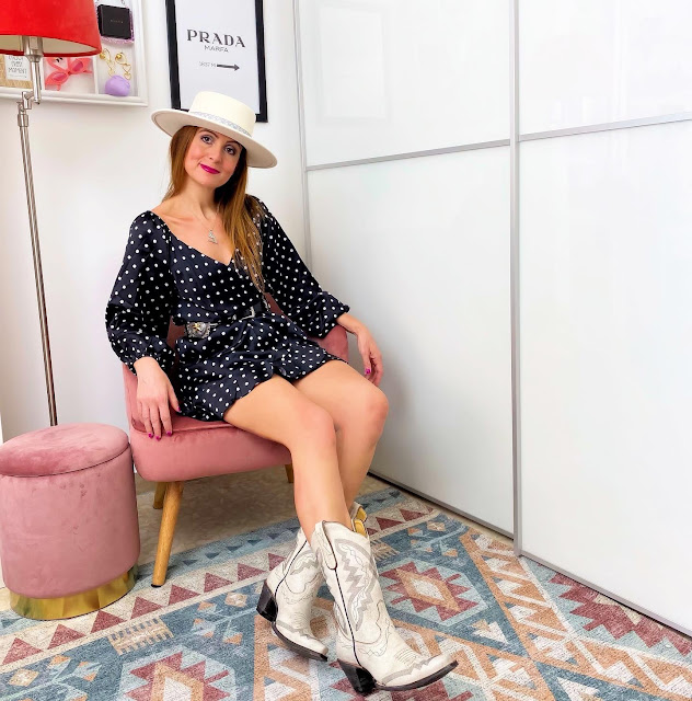 Boots in summer with Femmeluxe dress