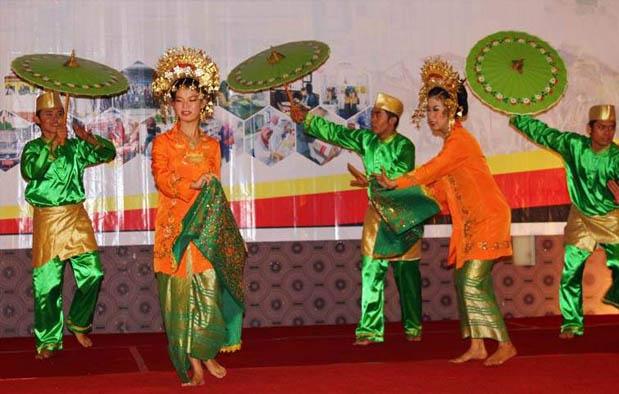sejarah tari payung