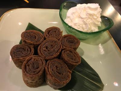 Nirai Kanai, brown sugar pancakes