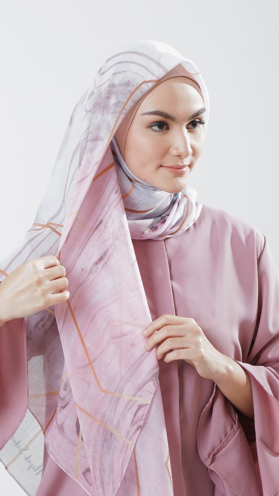 wallpaper muslimah terbaru cewek igo dan seksi imut