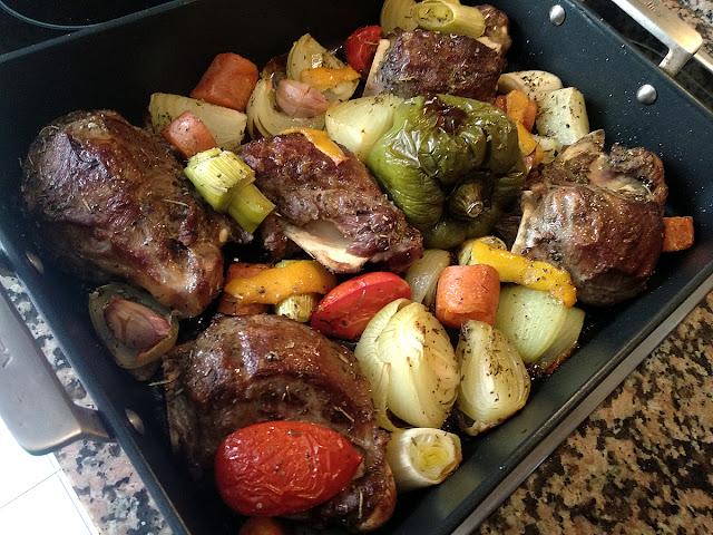 Galtes rostides amb verdura i ratafia