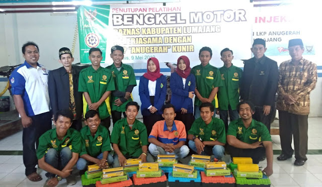 Baznas bersama dengan peserta pelatihan mekanik