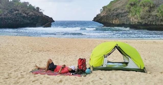 camping-pantai-pakundon