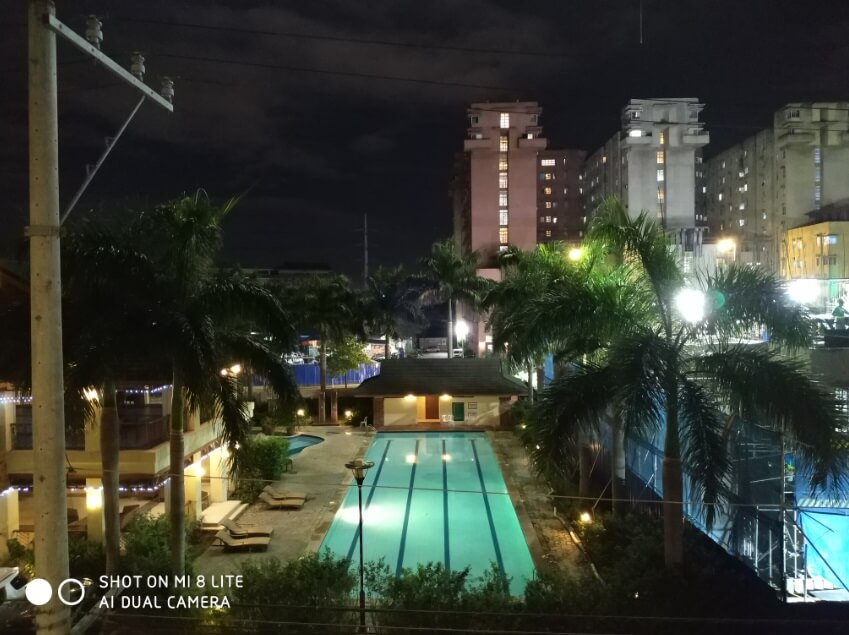 Xiaomi Mi 8 Lite Main Camera Sample - Night, Auto, Pool