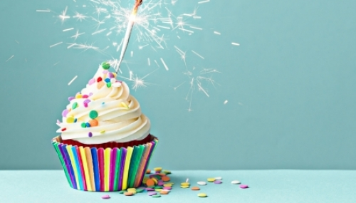 Birthday Cake Wallpapers For Friends