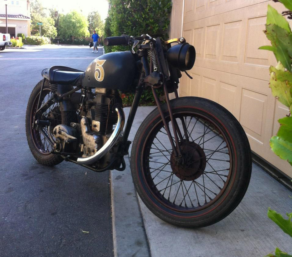 dbe5c283 1946 Royal enfield , 500cc, 4 speed, Magneto fired, kicker. This bike is  the real deal and runs great! Title in hand. Serious buyers call or text  for more ...
