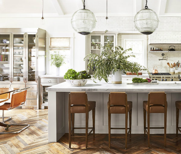 Eclectic White Kitchen: Ciao! Newport Beach: Bright Eclectic Kitchens