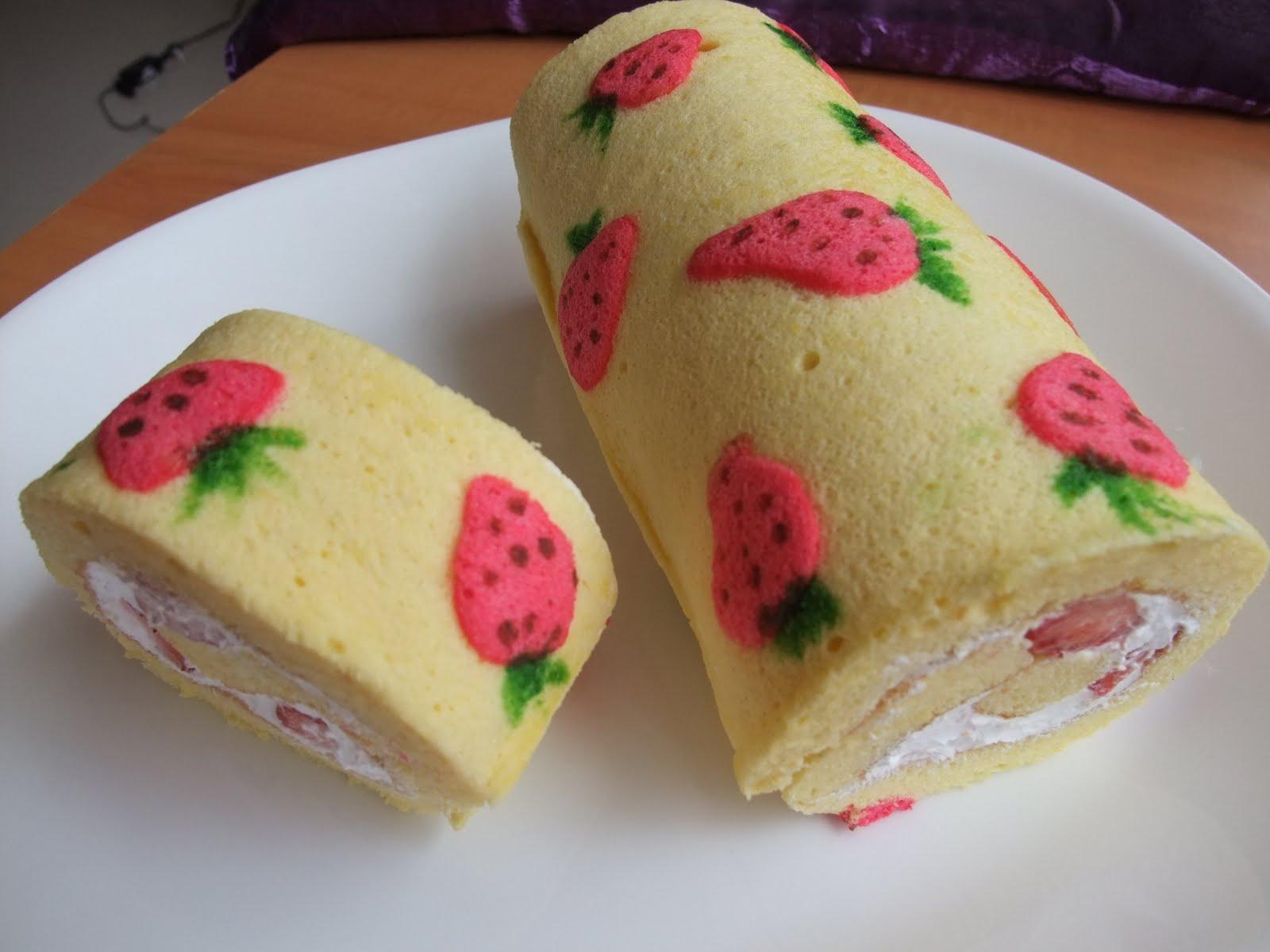 Veronica S Kitchen Creative Strawberry Swiss Roll