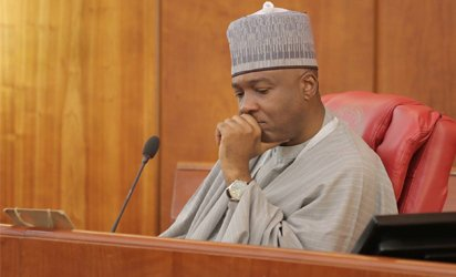 bukola saraki arrest warrant
