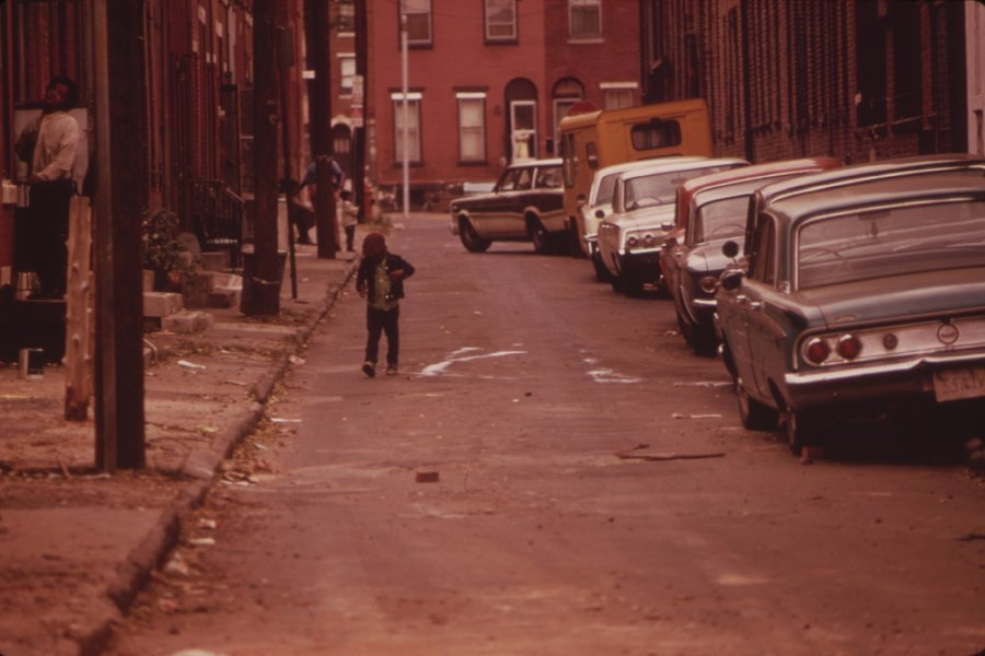 Young Girls Wallpaper Colour Photos Of Philadelphia In 1973 Vintage Everyday