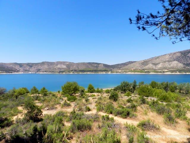 Embalse de Buendía, ruta de las caras, Castilla la Mancha